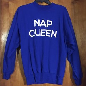 blue graphic pullover sweatshirt